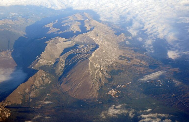 Riduzione confini del Parco Sirente Velino: è scontro tra Regione e Ambientalismo
